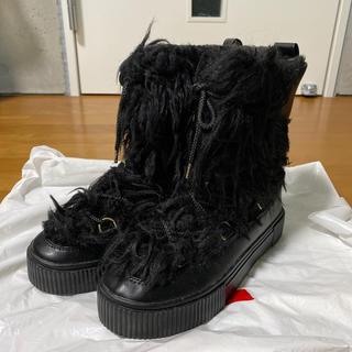 H&M - H&M ブラックファーブーツ