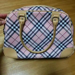 BURBERRY - バーバリーのハンドバッグ