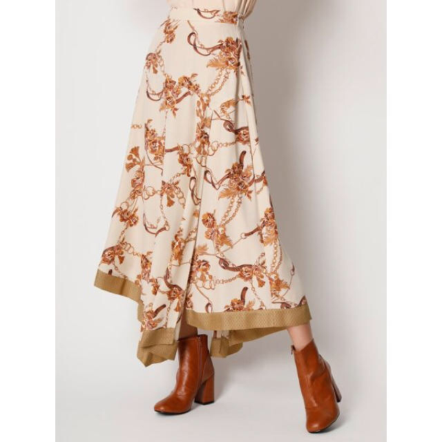 Lily Brown(リリーブラウン)のLily Brown 新品 スカート レディースのスカート(ロングスカート)の商品写真