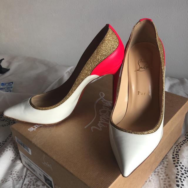 Christian Louboutin(クリスチャンルブタン)のクリスチャンルブタン パンプス レディースの靴/シューズ(ハイヒール/パンプス)の商品写真