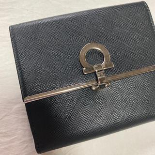 Salvatore Ferragamo - 極上品 サルヴァトーレフェラガモ ガンチーニ 折財布 二つ折り財布 ブラック 黒