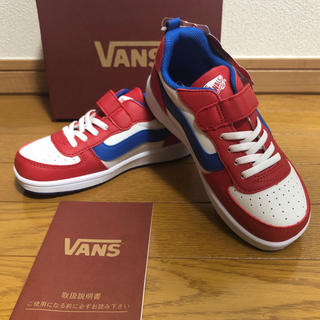 VANS - 新品 ヴァンズ キッズ スニーカー 20センチ 白色 赤色 青色 バンズ
