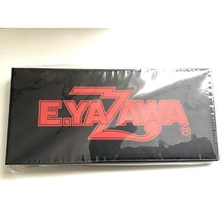 ヤザワコーポレーション(Yazawa)の矢沢永吉 E.YAZAWA チケットファイル(ロゴ)ブラック/レッド 黒赤(ミュージシャン)