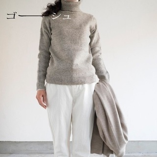 YAECA - 新品 ゴーシュ✨ハイランドウール ニット ポケット タートルネック セーター