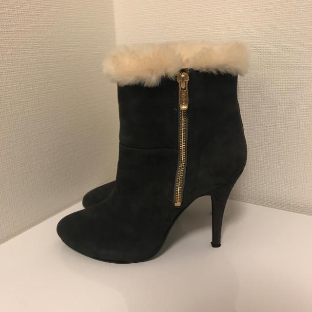DIANA(ダイアナ)のDIANA ファーショートブーツ グレー レディースの靴/シューズ(ブーツ)の商品写真