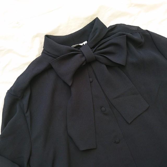 Lochie(ロキエ)のㅤリ ボン ブラ ウ ス レディースのトップス(シャツ/ブラウス(長袖/七分))の商品写真