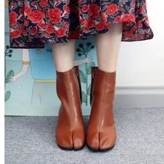 トゥデイフル(TODAYFUL)の【4color】足袋 ヒール ブーツ(ブーツ)