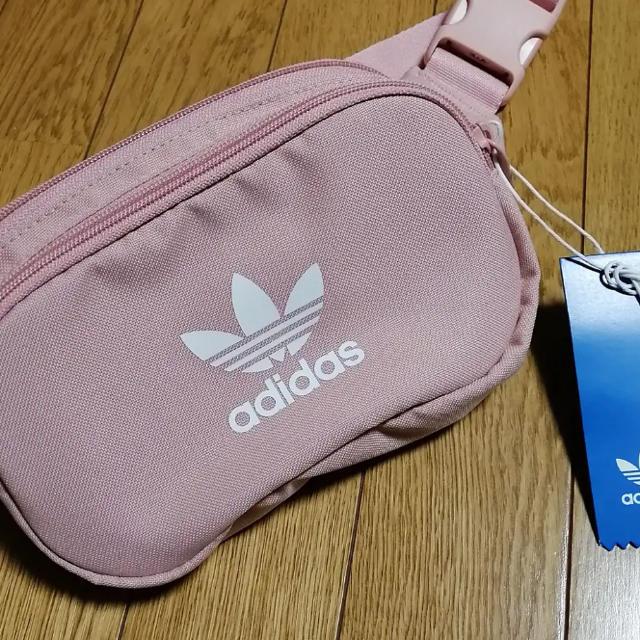 adidas(アディダス)のadidas originals レディースのバッグ(ボディバッグ/ウエストポーチ)の商品写真
