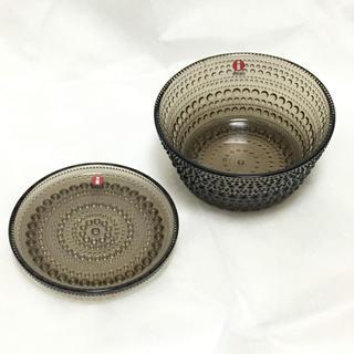 イッタラ(iittala)のイッタラ カステヘルミ ボウル & プレート セット サンド 皿(置物)