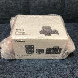 Canon - 新品 CanonミラーレスカメラEOS Kiss Mダブルズームキット・ブラック