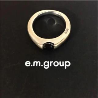 イーエム(e.m.)のe.m. ブラックジルコニア シルバーリング 9号(リング(指輪))