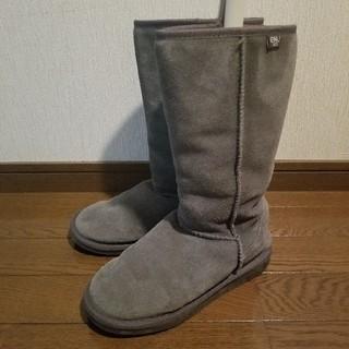 エミュー(EMU)のエミュー emu ムートンブーツ W6 グレー(ブーツ)