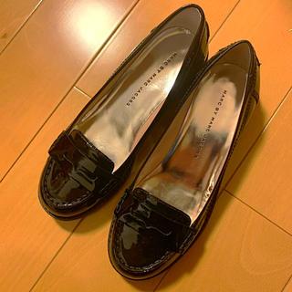 マークバイマークジェイコブス(MARC BY MARC JACOBS)のMARC JACOBSマークジェイコブス ローファー 靴 黒(ローファー/革靴)