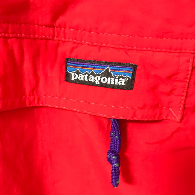 patagonia(パタゴニア)のパタゴニア キッズ マウンテンパーカー US製 キッズ/ベビー/マタニティのキッズ服男の子用(90cm~)(ジャケット/上着)の商品写真