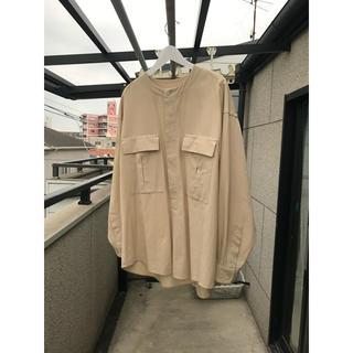 COMOLI - unfil ノーカラーシャツ サイズ4