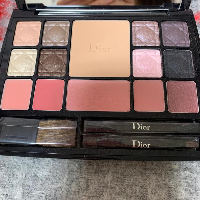 Dior(ディオール)のディオール メイクパレット コスメ/美容のキット/セット(コフレ/メイクアップセット)の商品写真