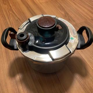 ティファール(T-fal)の ティファール 圧力鍋 クリプソ メイユール 4L 取説付(調理道具/製菓道具)