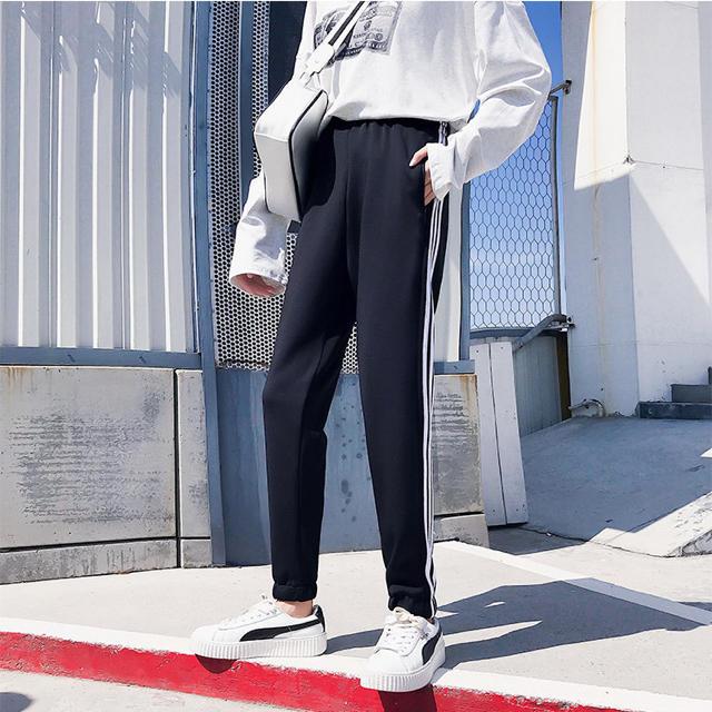 NIKE(ナイキ)のadidas風 ラインパンツ スウェット ジャージ 男女兼用 レディースのパンツ(カジュアルパンツ)の商品写真