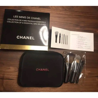CHANEL - 新品 未使用 CHANEL シャネル ブラシセット ポーチ ミニ