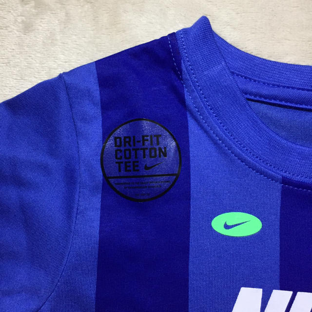 NIKE(ナイキ)のNIKE  Tシャツ kids  Dry-Fit  100 キッズ/ベビー/マタニティのキッズ服男の子用(90cm~)(Tシャツ/カットソー)の商品写真