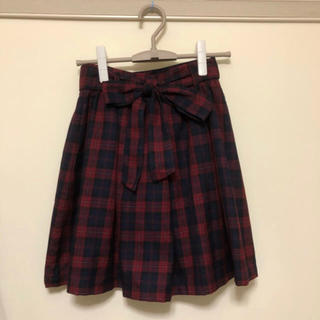 ハニーズ(HONEYS)の赤チェックフレアスカート (ひざ丈スカート)