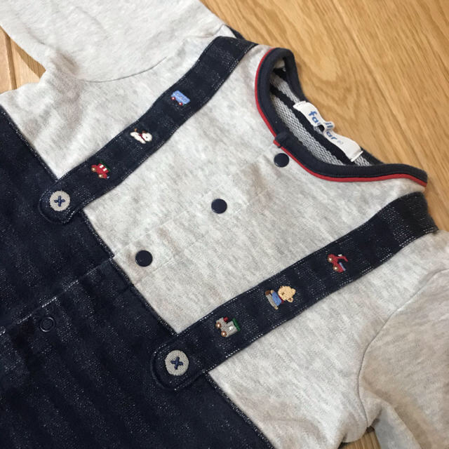 familiar(ファミリア)のファミリア ロンパース カバーオール 80 キッズ/ベビー/マタニティのベビー服(~85cm)(ロンパース)の商品写真