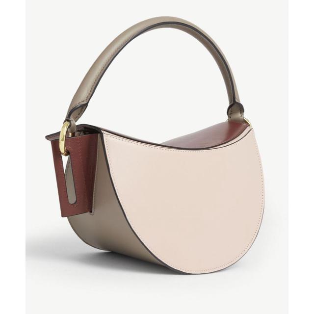 TOMORROWLAND(トゥモローランド)の本日限定出品‼️新品YUZEFI今季Dipバッグ2WAY レディースのバッグ(ショルダーバッグ)の商品写真