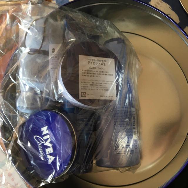 ニベア(ニベア)のニベア 福缶 イオン限定 2018年 バージョン詰め合わせセット コスメ/美容のボディケア(ハンドクリーム)の商品写真