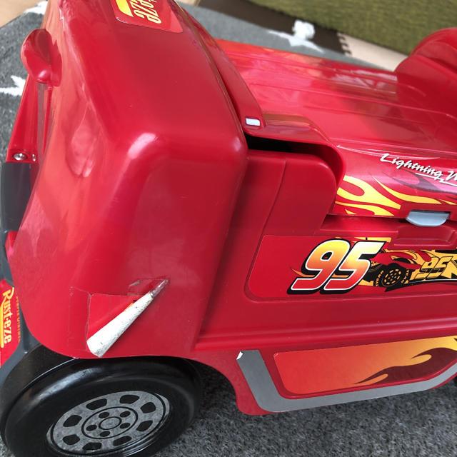 Disney(ディズニー)の【送料込み】カーズ レーシングトレーラー キッズ/ベビー/マタニティのおもちゃ(電車のおもちゃ/車)の商品写真