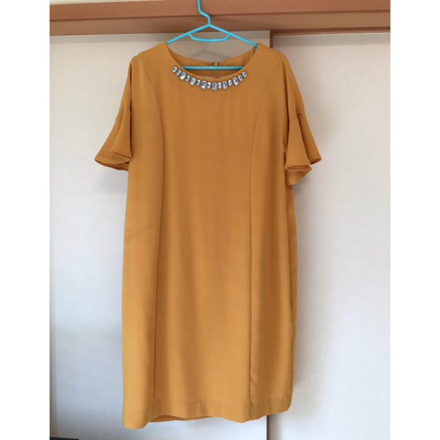 green label relaxing(グリーンレーベルリラクシング)のイエローパーティドレス レディースのフォーマル/ドレス(ミディアムドレス)の商品写真