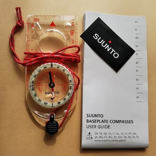 スント(SUUNTO)の[nqj46104様専用] SUUNTO コンパス A-30(登山用品)