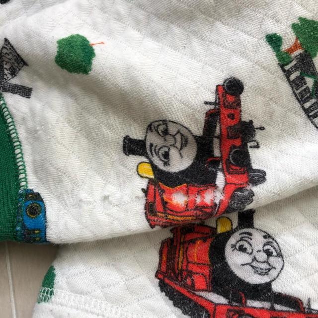UNIQLO(ユニクロ)の100 ユニクロ キルト パジャマ トーマス キッズ/ベビー/マタニティのキッズ服男の子用(90cm~)(パジャマ)の商品写真