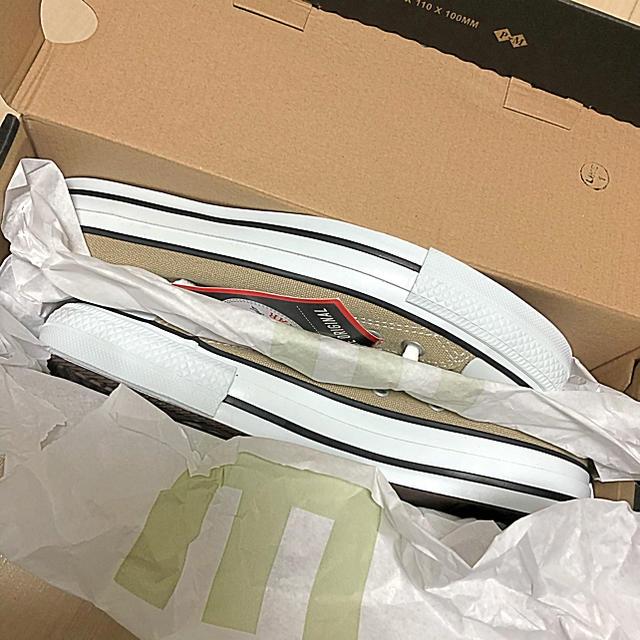 CONVERSE(コンバース)の新品未使用 コンバース ベージュ 24.5cm US6 レディースの靴/シューズ(スニーカー)の商品写真
