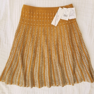 Lily Brown - 新品タグ付き リリーブラウン ニットスカート スカート ニット オレンジ ラメ