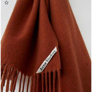 アクネ(ACNE)の2019AW 新作  オーバーサイズのフリンジ付きスカーフ ラストメランジ(ストール/パシュミナ)