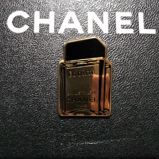 シャネル(CHANEL)のCHANELピンバッチ(バッジ/ピンバッジ)