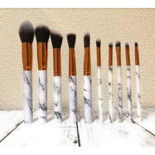 大人気のメイクブラシ10本セット 美容・敏感肌に 化粧筆・化粧ブラシ