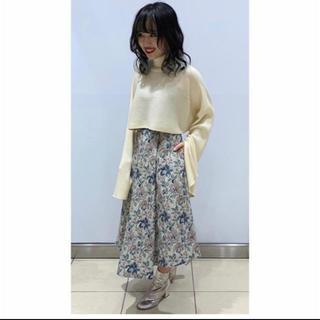 ルシェルブルー(LE CIEL BLEU)のFloral Jacquard A-Line Skirt     (ひざ丈スカート)