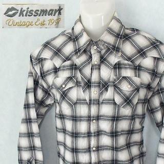 キスマーク(kissmark)の【kissmark】 美品 キスマーク ホワイト/グレーチェック長袖シャツ O(シャツ)