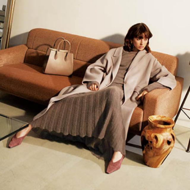 Mila Owen(ミラオーウェン)のMilaOwen(ミラ オーウェン) モヘアニットセットアップ レディースのワンピース(ロングワンピース/マキシワンピース)の商品写真