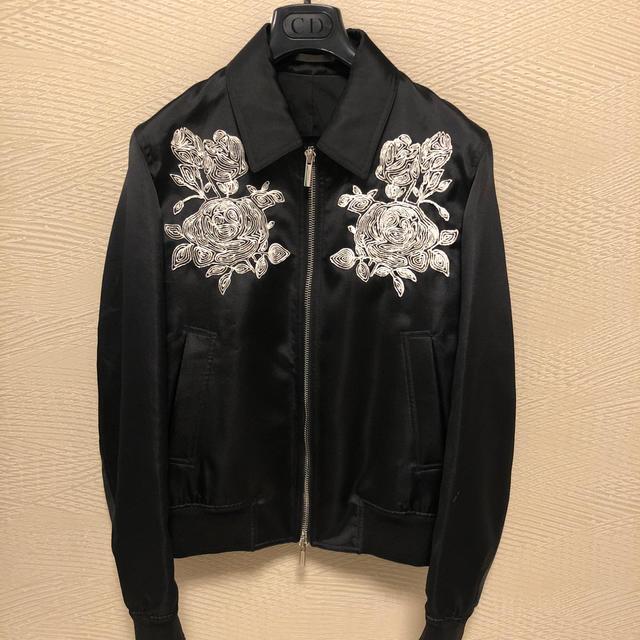 DIOR HOMME(ディオールオム)の18SS dior homme ディオールオム 薔薇刺繍ブルゾン ジャケット48 メンズのジャケット/アウター(ブルゾン)の商品写真
