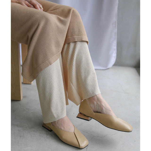 ウッドヒールスクエアトゥパンプス レディースの靴/シューズ(ハイヒール/パンプス)の商品写真