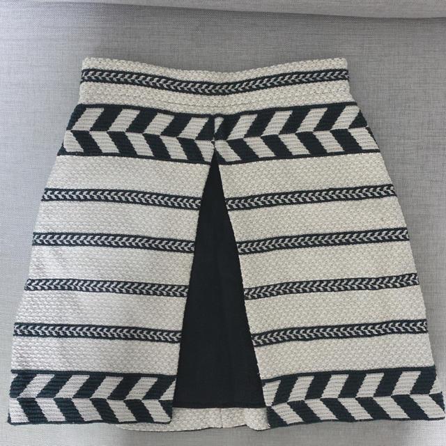 GRACE CONTINENTAL(グレースコンチネンタル)のアリスアンドオリビア❤️美品❤️ミニスカート❤️ レディースのスカート(ミニスカート)の商品写真