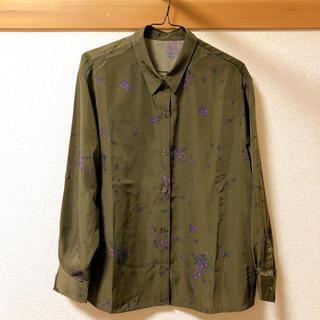 ハコ(haco!)の【美品】カーキ とろみシャツ(シャツ/ブラウス(長袖/七分))