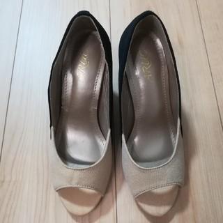 ツートンカラーの靴(Sサイズ)(ハイヒール/パンプス)