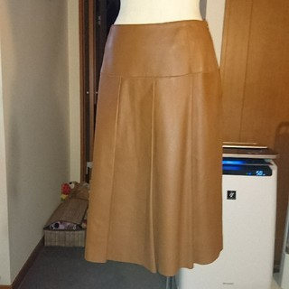 オールドイングランド(OLD ENGLAND)のOLD ENGLANDの革スカート サイズ38 中古(ひざ丈スカート)