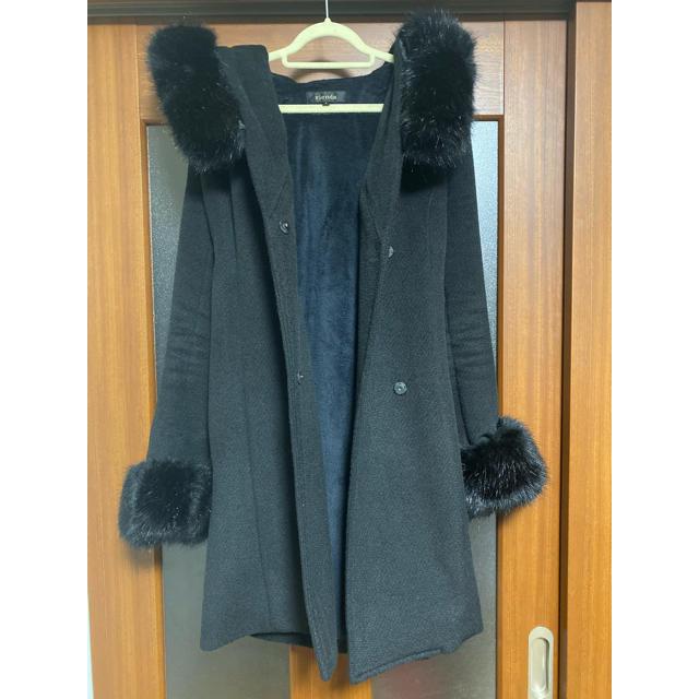 rienda(リエンダ)のrienda リエンダ コート レディースのジャケット/アウター(毛皮/ファーコート)の商品写真