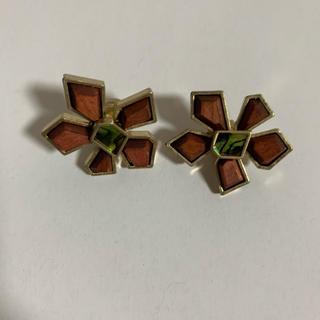 URBAN RESEARCH - 木製Flowerイヤリング