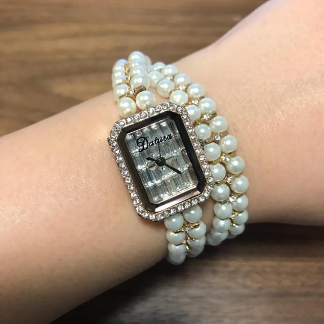 DaTuRa(ダチュラ)のDaTuRaパールブレスバブリーウォッチ レディースのファッション小物(腕時計)の商品写真