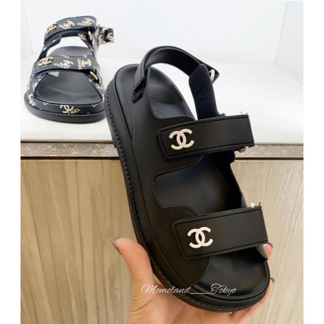 CHANEL(シャネル)の新作★即完売★ シャネル フッドベッド サンダル CC ブラック レディースの靴/シューズ(サンダル)の商品写真